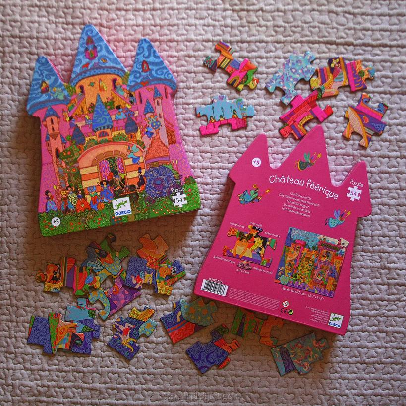 puzzle château féerique djeco