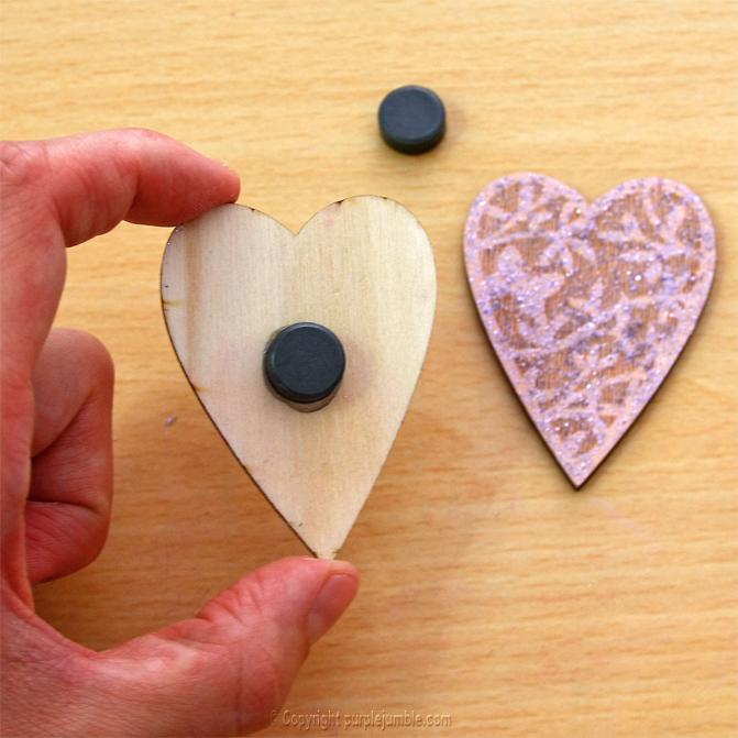magnets bois cœur peinture paillettes