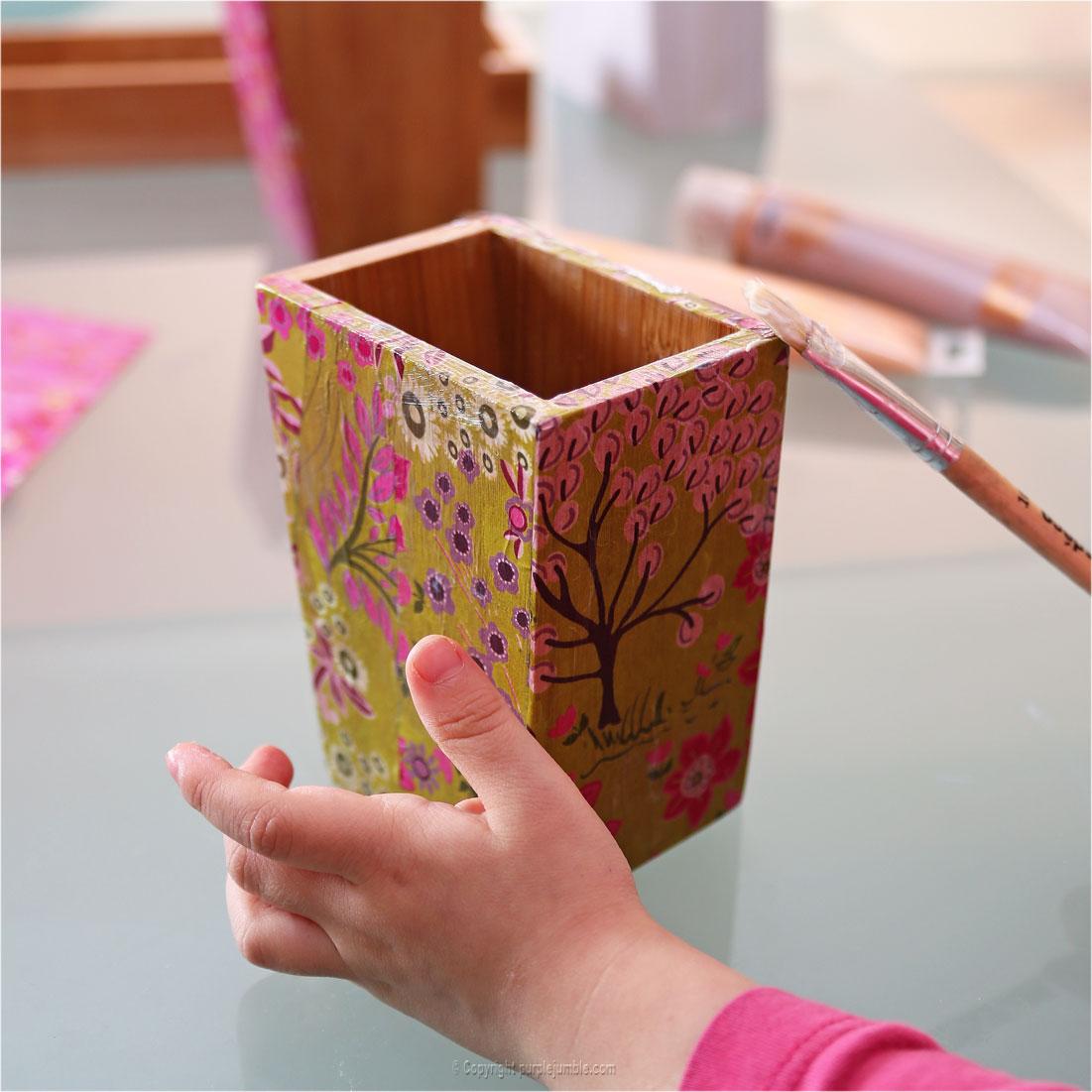 diy des pots crayons customis s purple jumble. Black Bedroom Furniture Sets. Home Design Ideas