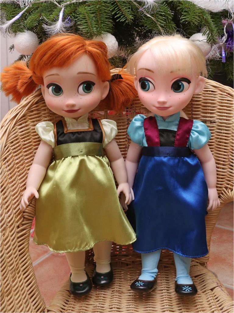 poupées animators la reine des neiges ana et elsa