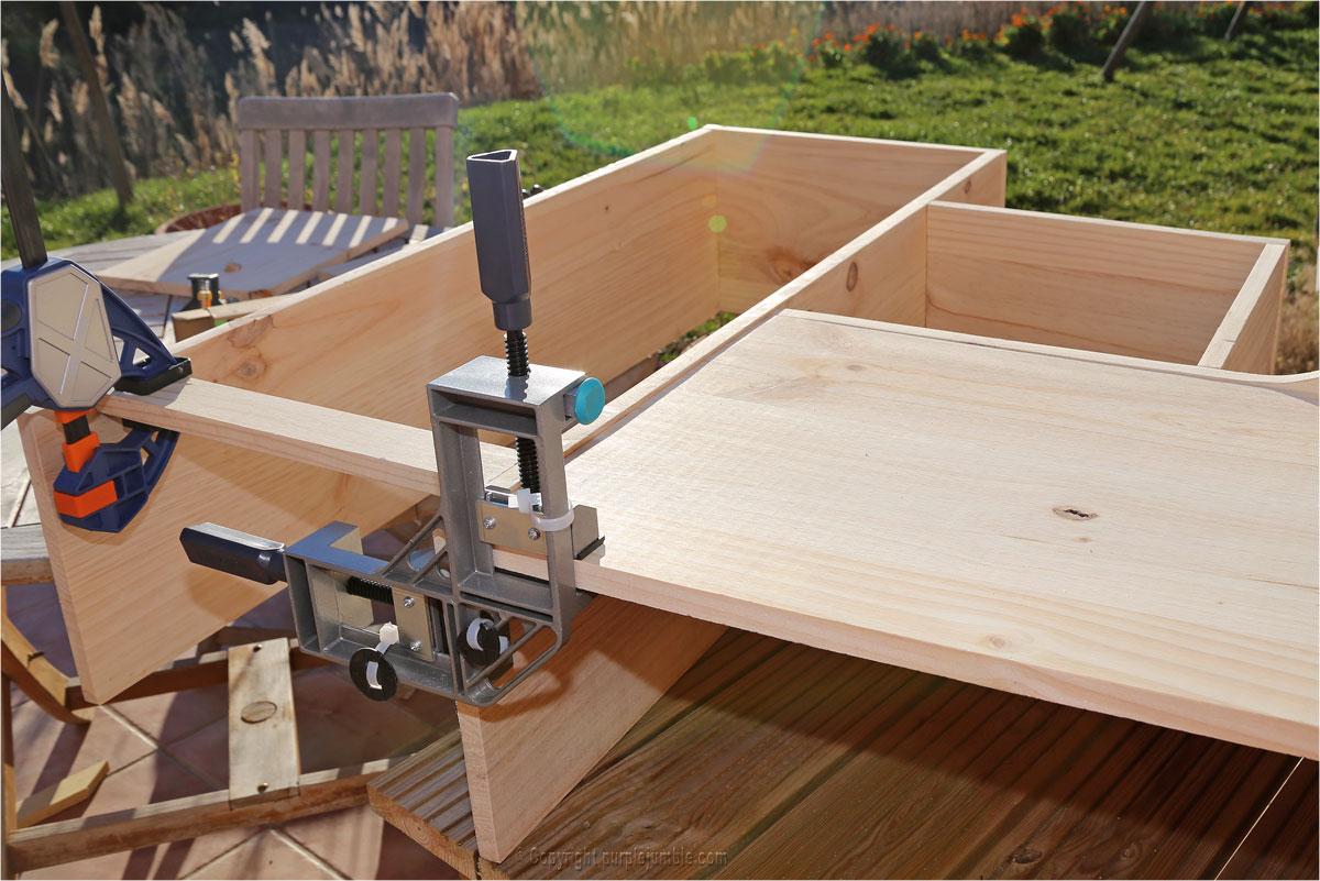 diy une tag re en bois sur mesure pour mes plantes purple jumble. Black Bedroom Furniture Sets. Home Design Ideas