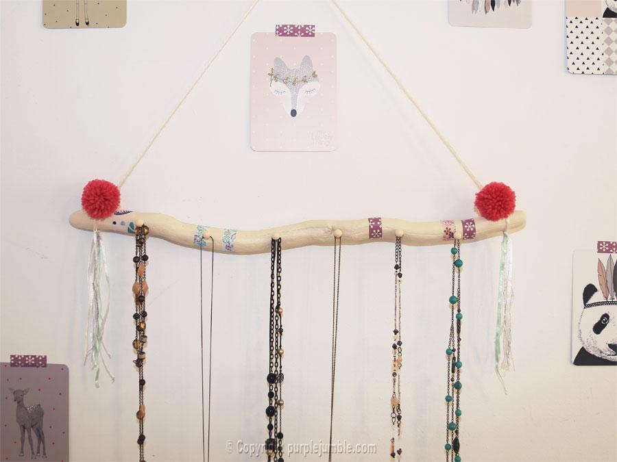 diy support à bijoux bois flotté