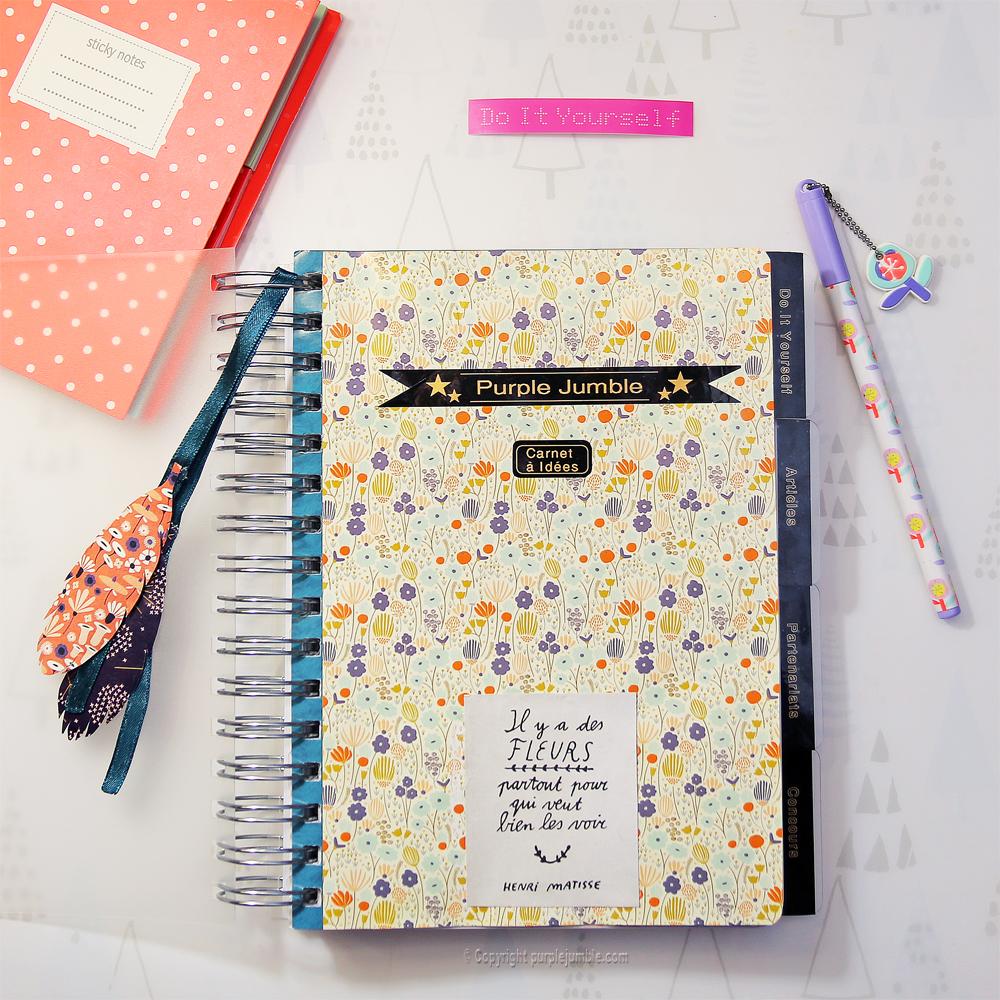 Customiser un carnet avec du papier et des tiquettes diy purple jumble - Diy carnet personnalise ...