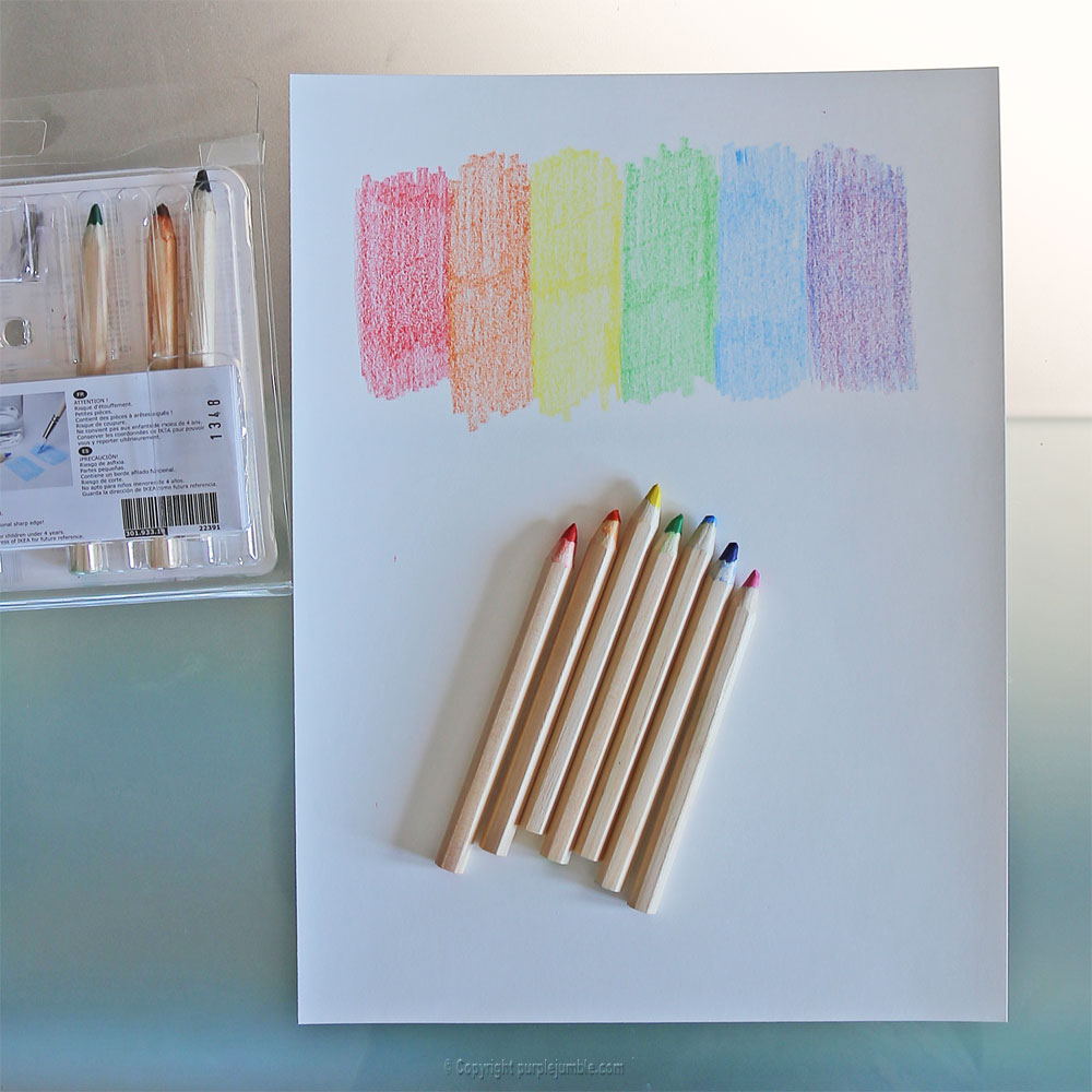 affiche enjoy happy moments lettres crayons