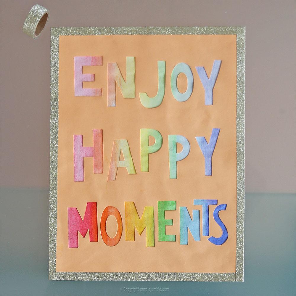affiche enjoy happy moments lettres masking tape