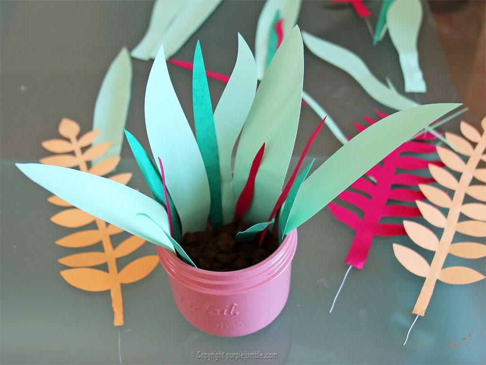 bouquet plantes papier installation