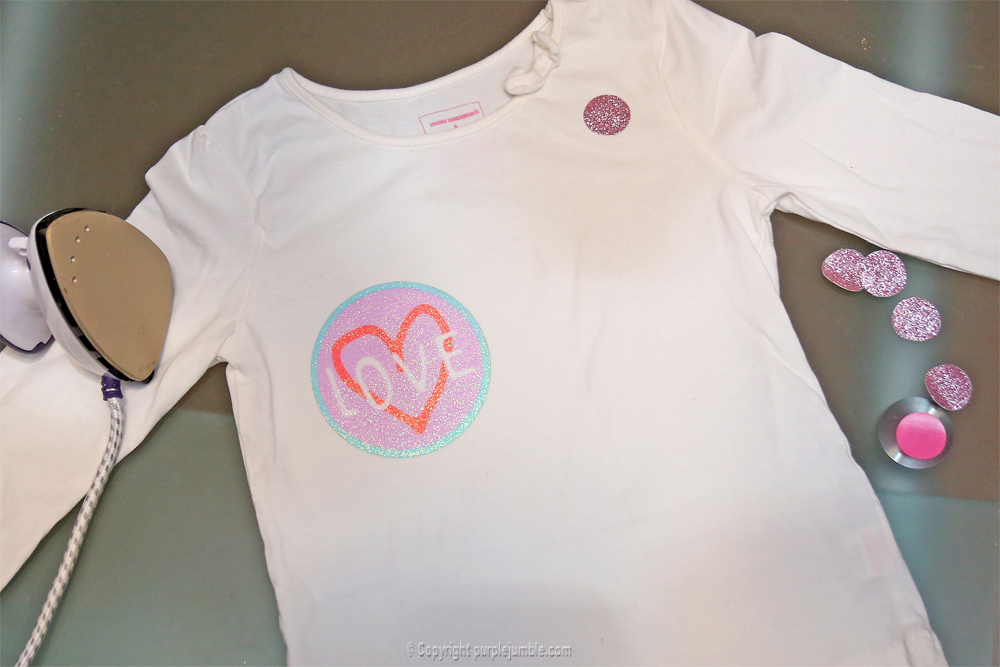 diy customisation t-shirt paillettes étape 6