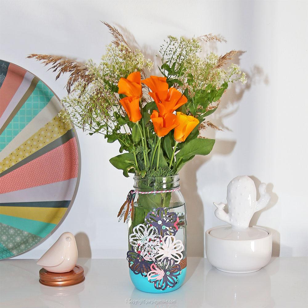 pot en verre décoré vase fleurs