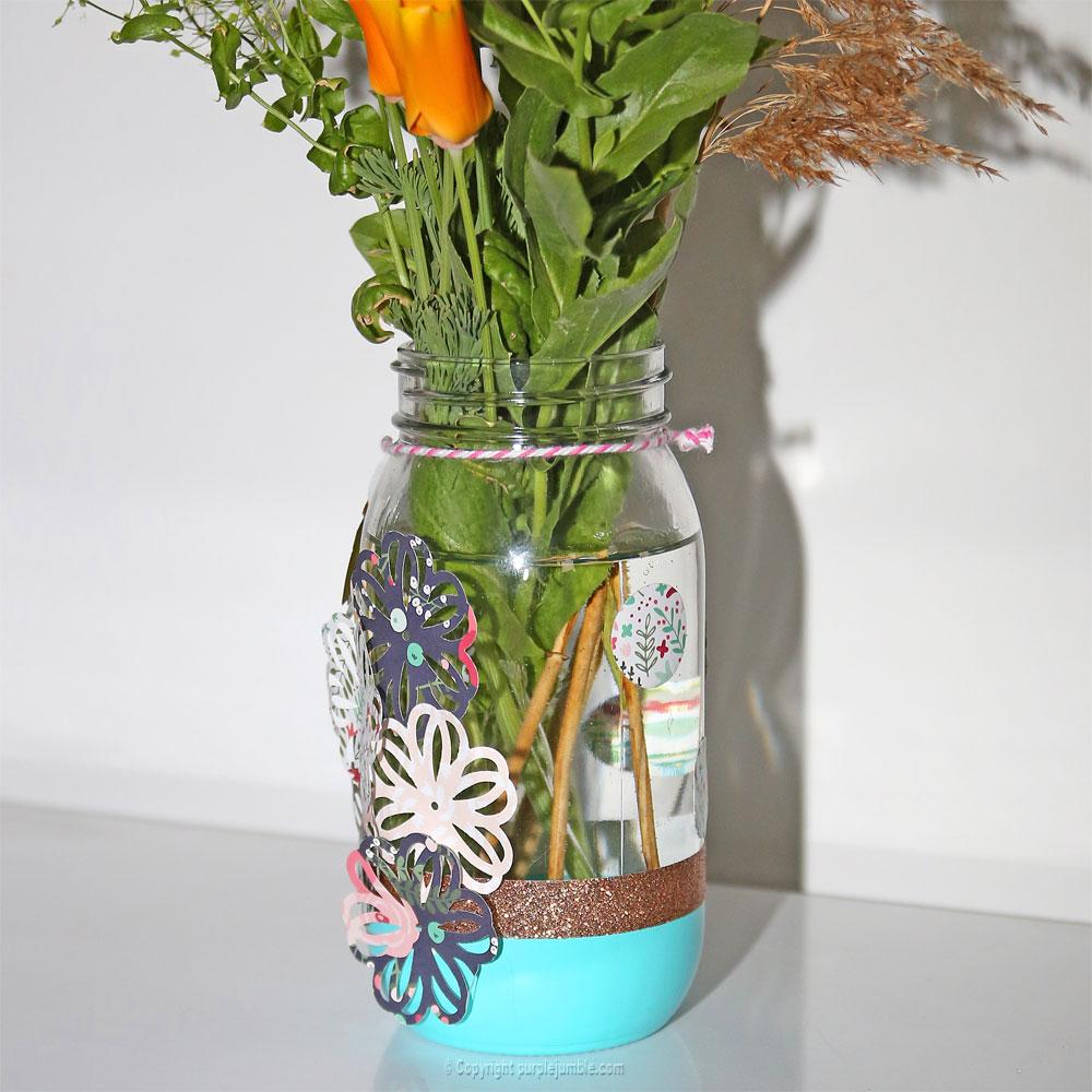 pot en verre décoré détails