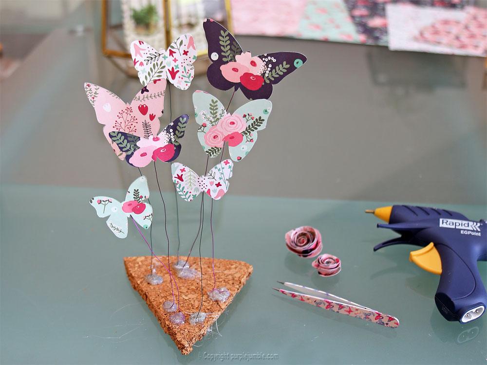 diy papillons papier terrarium support