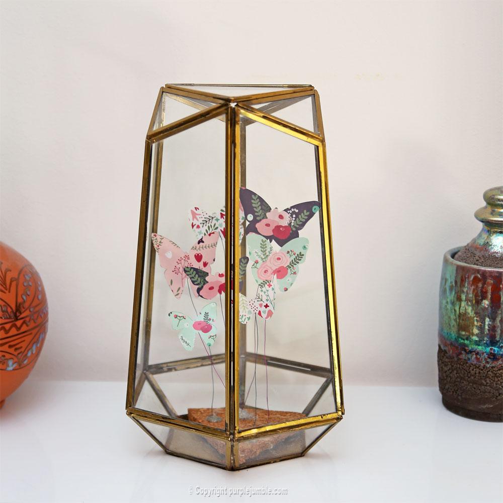 diy papillons papier terrarium vitrine