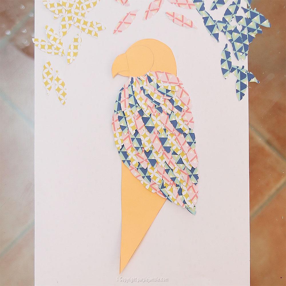 perroquet papercut plumes collées