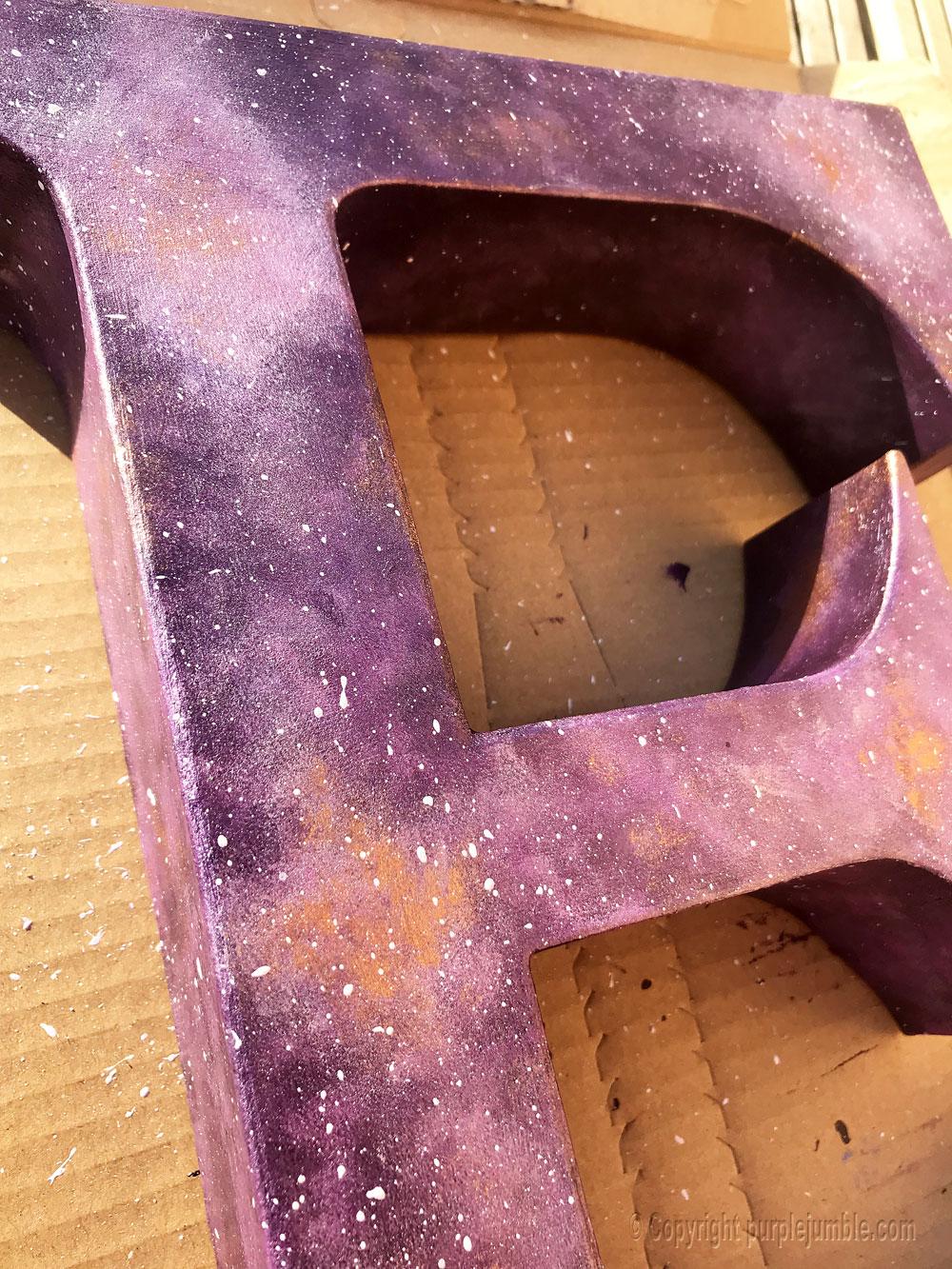 lettre carton peinture galaxie diy projections