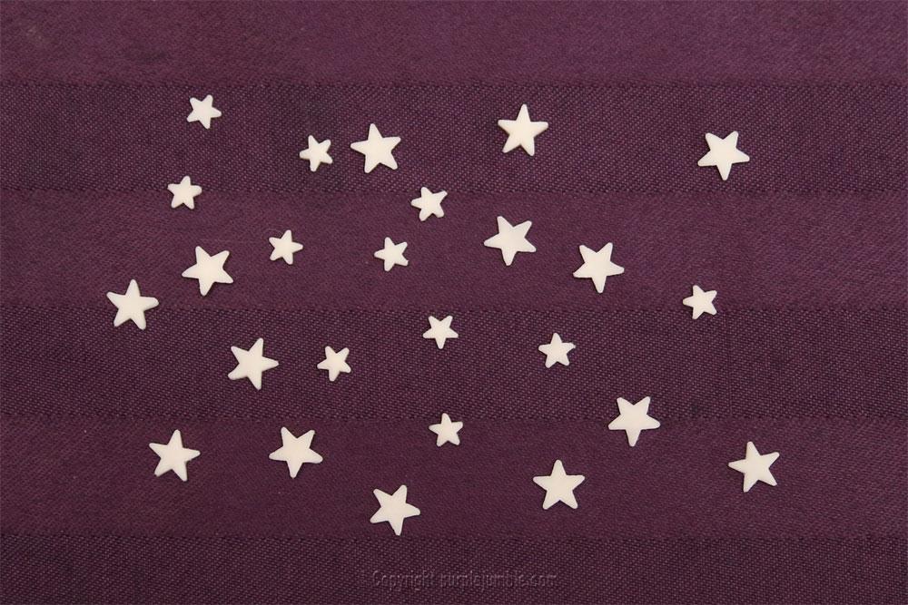 lettre carton peinture galaxie diy étoiles