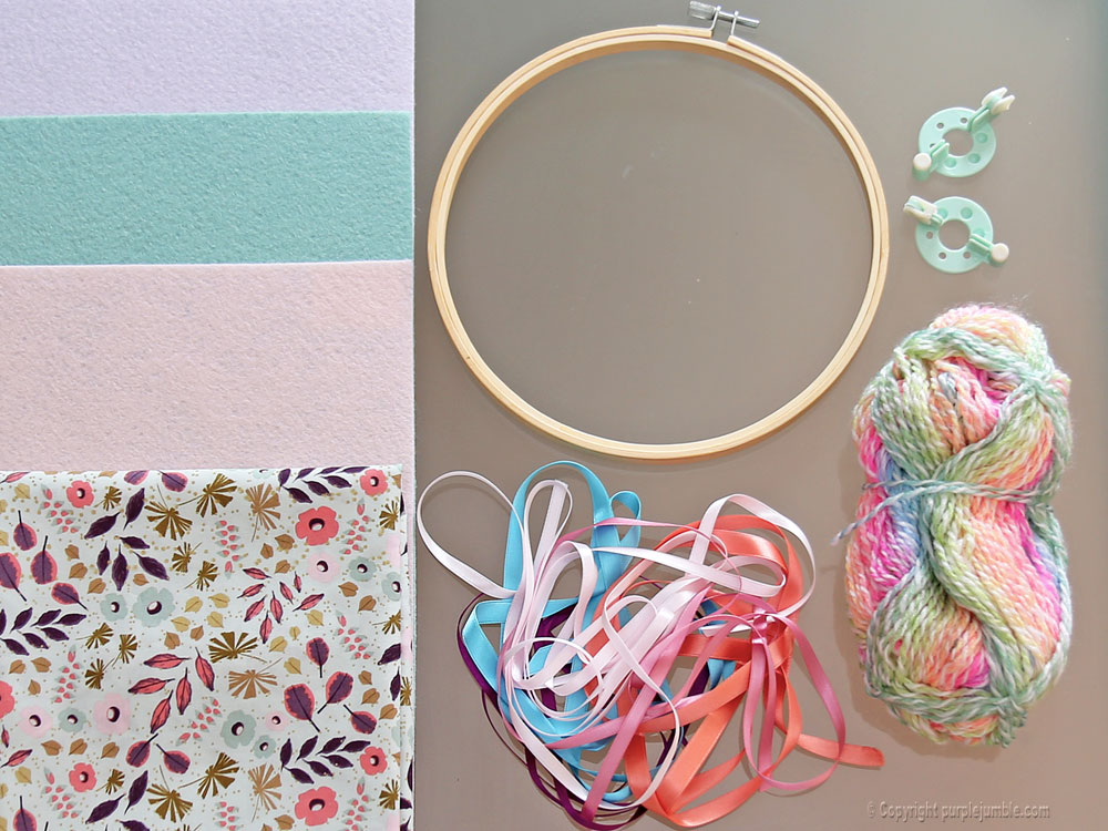 diy-dreamcatcher-fleuri-pastel-1