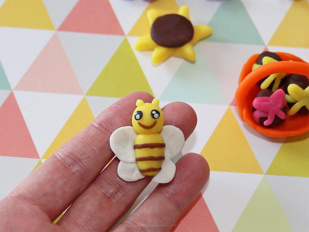 diy pâques 2018 pâte à modeler abeille
