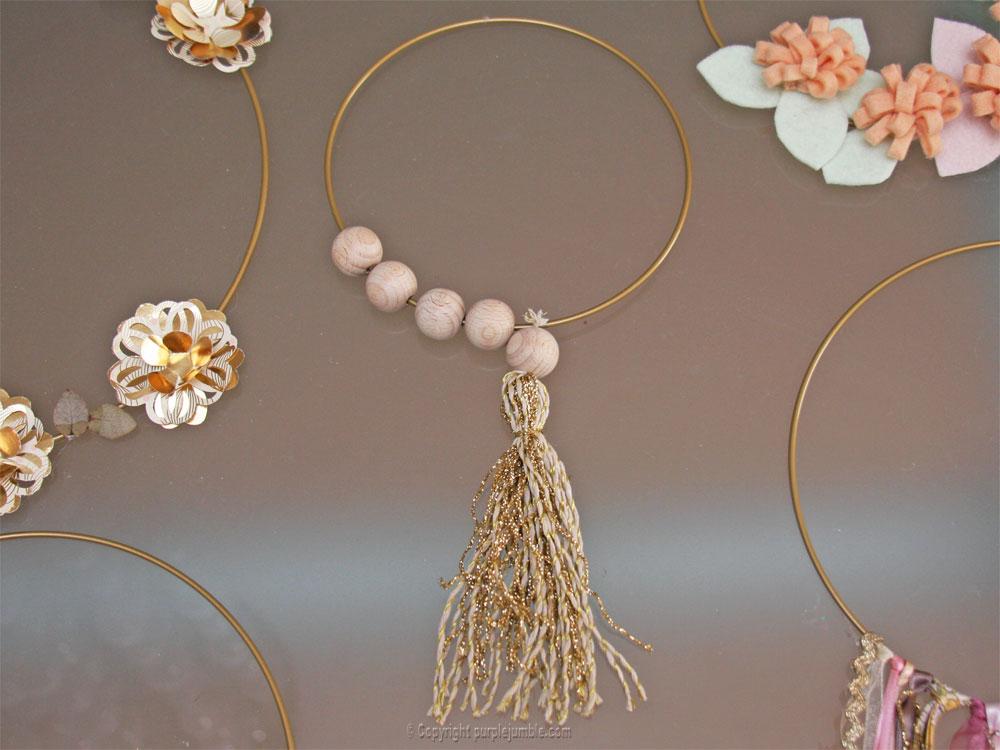 diy déco murale cercles dorés perles