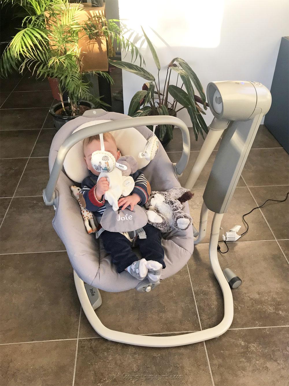 balancelle bébé serina 2 en 1 joie incliné