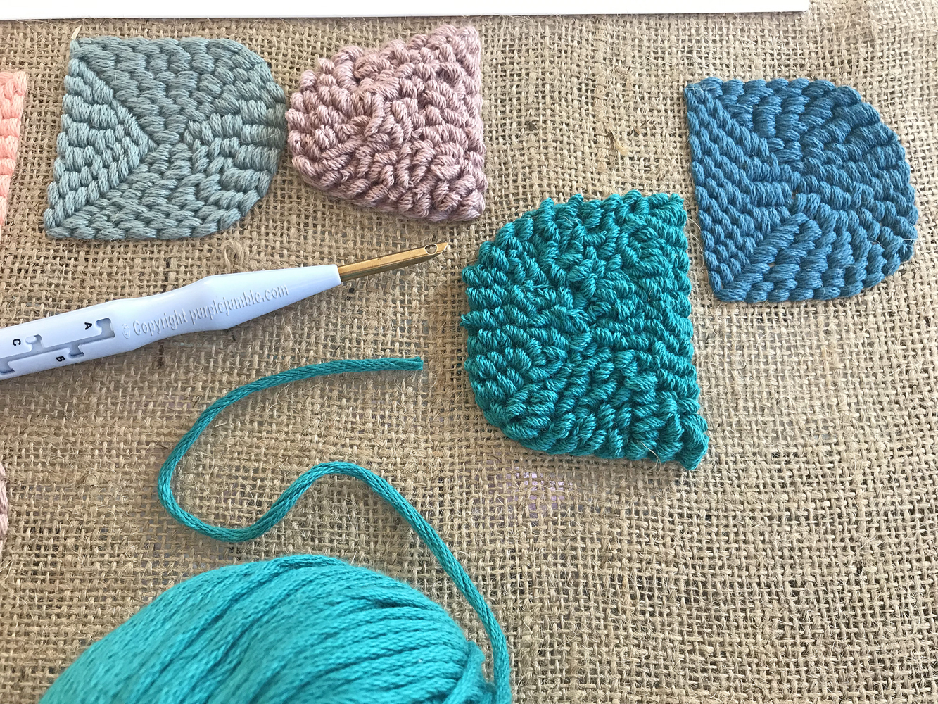 diy coussin punch needle broderie