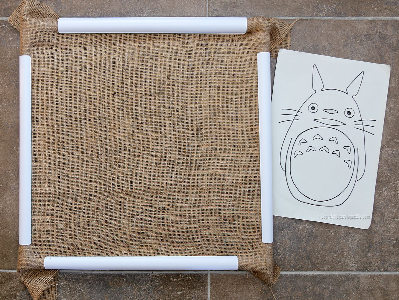 diy coussin punch needle totoro toile