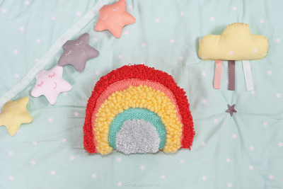 diy arc en ciel punch needle fini