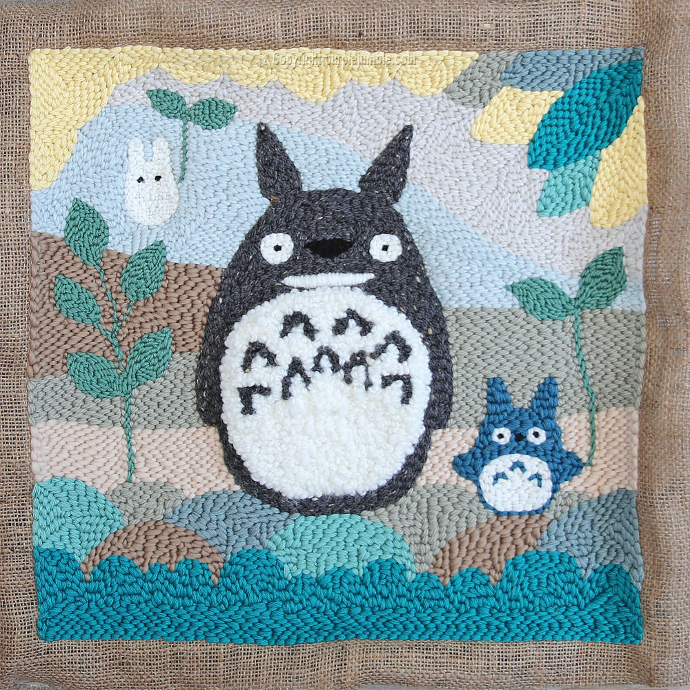 diy coussin punch needle totoro brodé