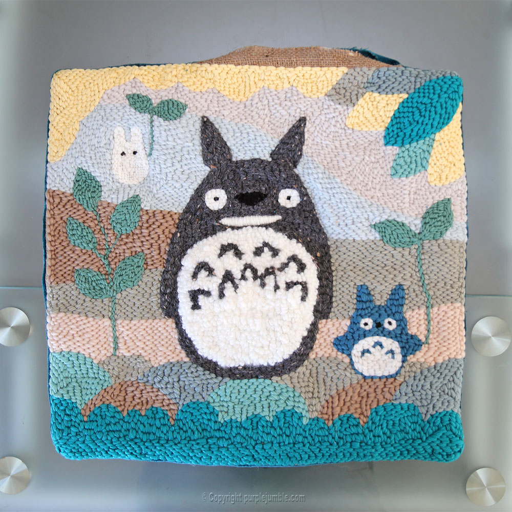 diy coussin punch needle totoro cousu
