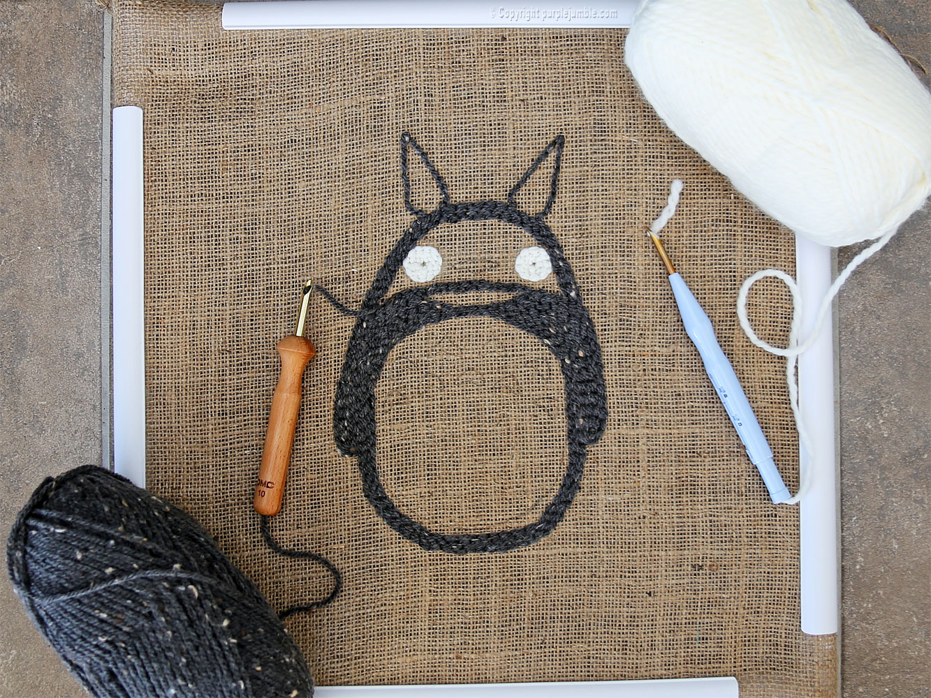 diy coussin punch needle totoro yeux