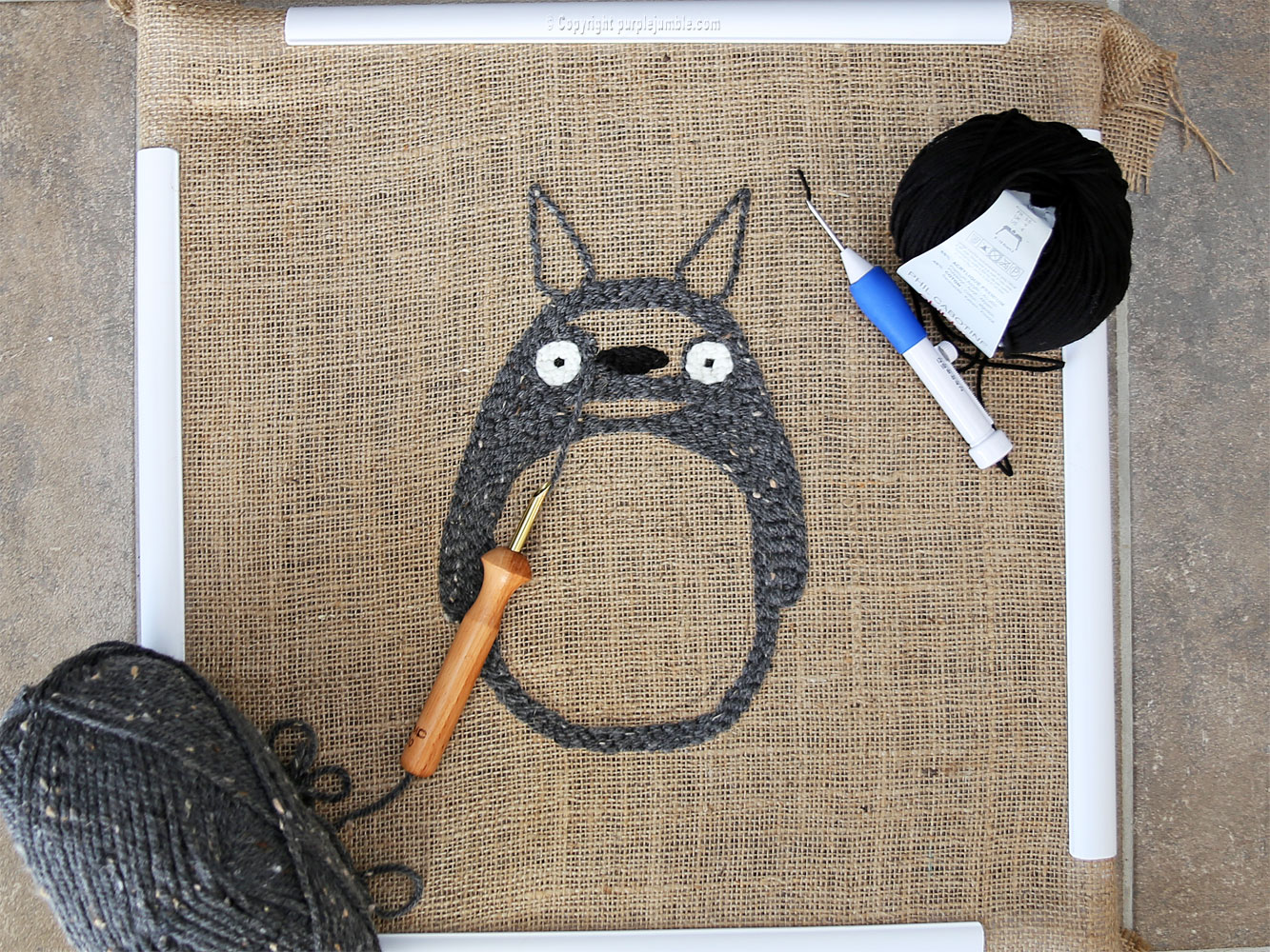 diy coussin punch needle totoro nez