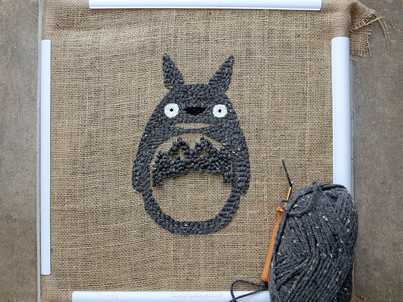 diy coussin punch needle totoro corps