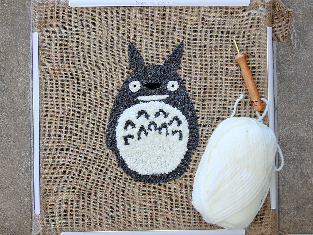 diy coussin punch needle totoro fluffy