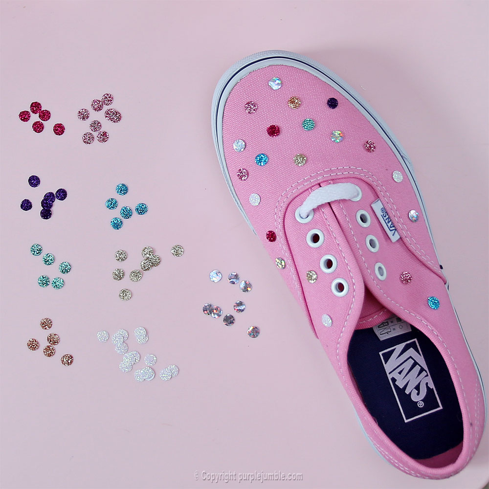 diy customisation chaussures confettis