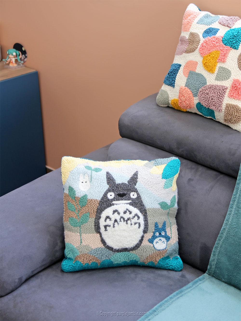 diy coussin punch needle totoro salon