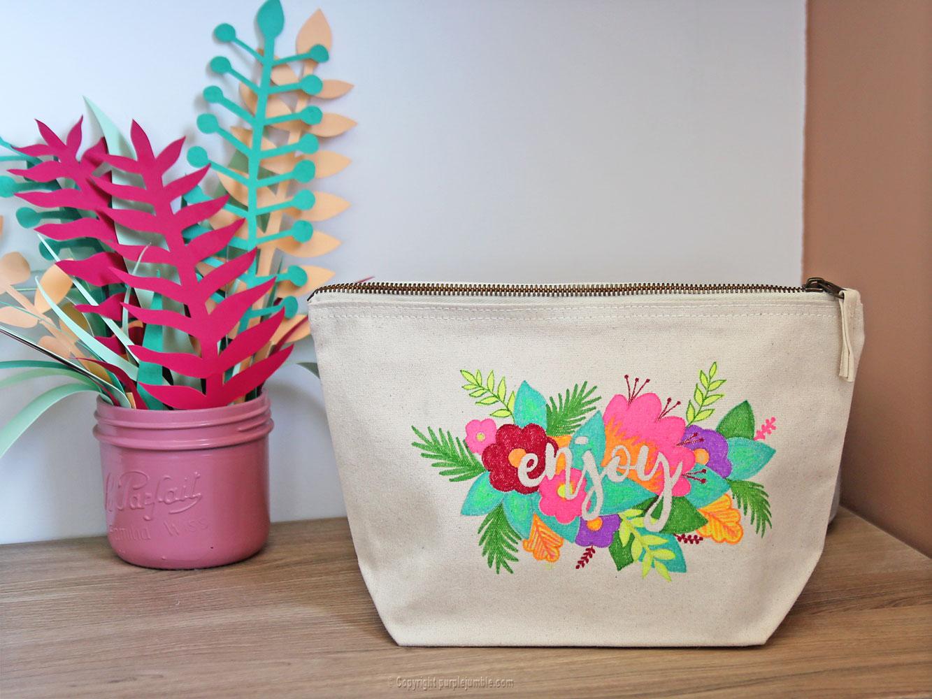 diy pochette feutres textile tropicale