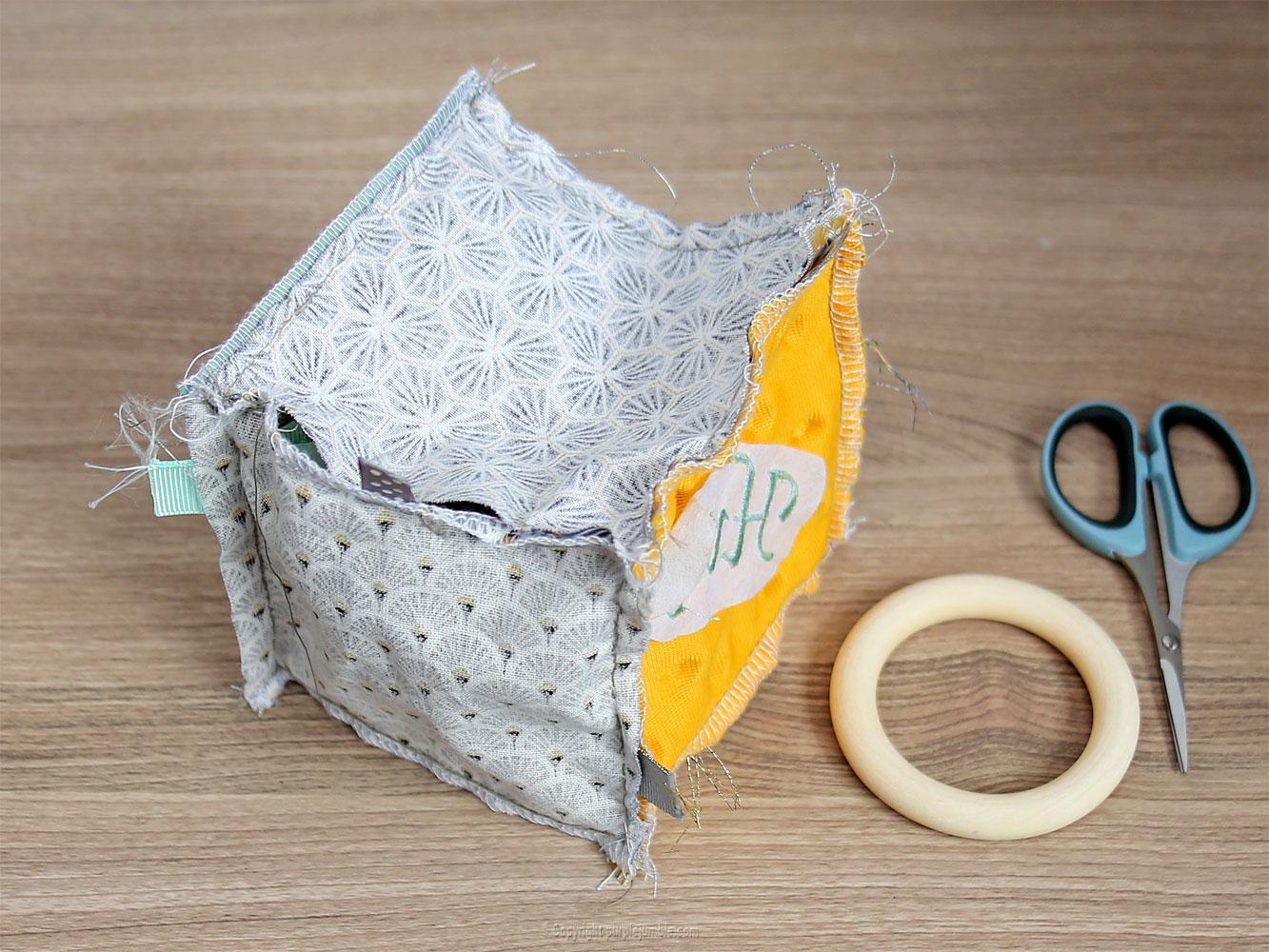 diy kit couture cube éveil couture