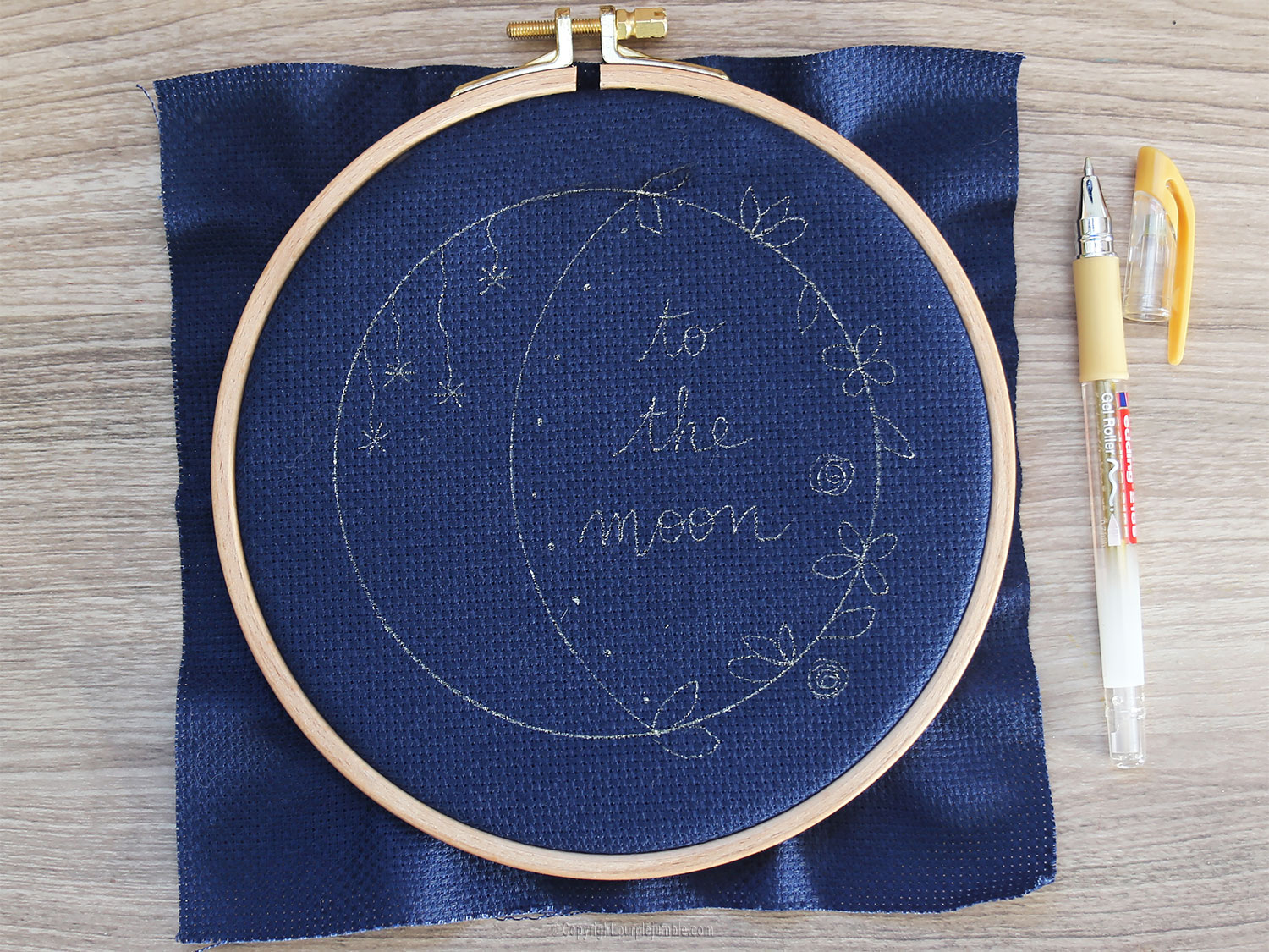 diy broderie lune fleurie dessin