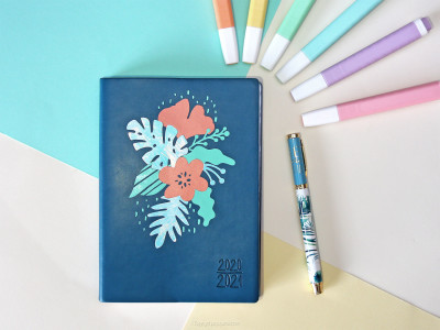 diy agenda customisé vinyl cricut pastel