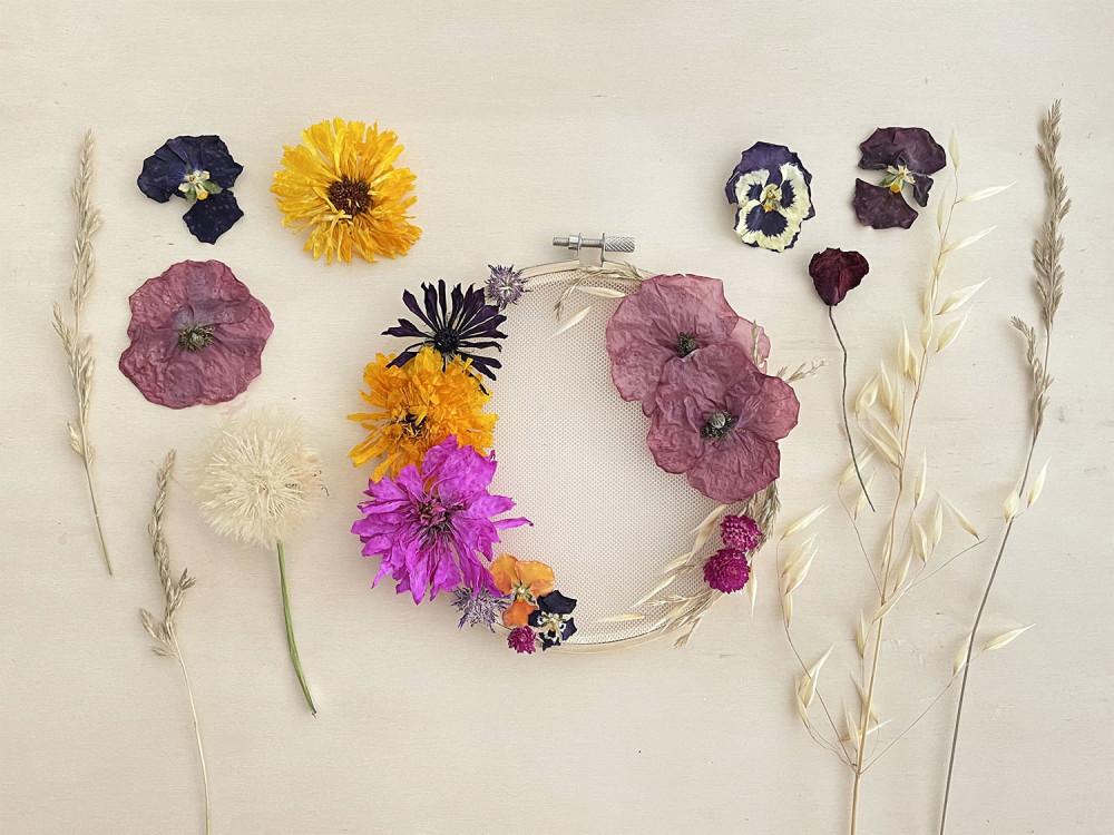 diy cadre fleurs sechees creavea composition