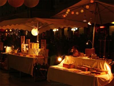 happy-market-nocturne-3