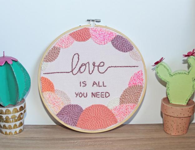 diy cadre punch needle love présentation